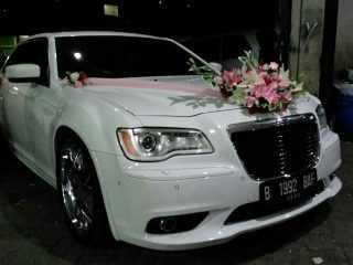 Rental mobil chrysler, rental mobil pengantin, sewa mobil mewah, jakarta, bandung,cirebon, bogor, tangerang, bekasi, karawang, banten