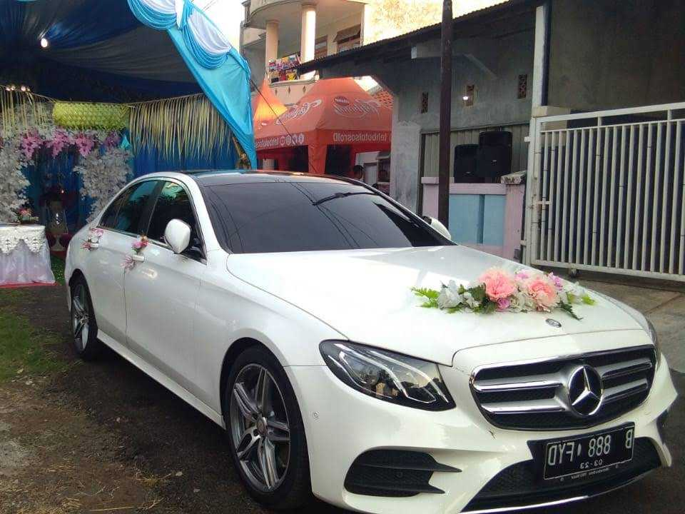 sewa mobil mercedes benz E class , sewa mercedes benz , rental mercedes benz e 250, rent car mercedes benz, wedding car mercedes benz, rental mobil mewah mercy